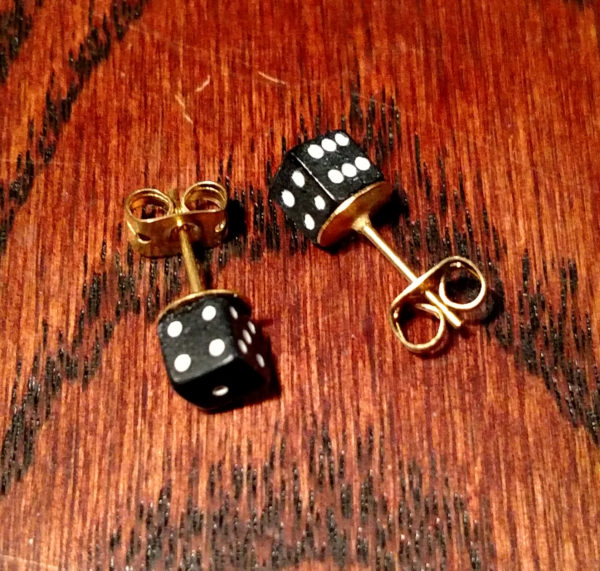 Geek Foundry D6 Dice Earrings - Gold