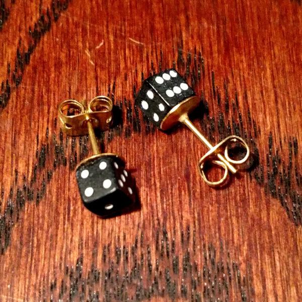 Geek Foundry D6 Dice Earrings - Gold