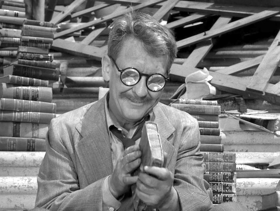 Burgess Meredith, Time Enough At Last. The Twilight Zone.